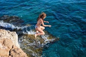 jump cliff